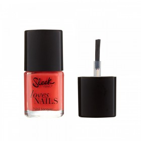 SLEEK MAKEUP LOVES NAILS IN FIRE BRICK