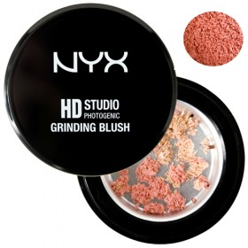 NYX HD STUDIO PHOTOGENIC GRINDING BLUSH  Menage à 3
